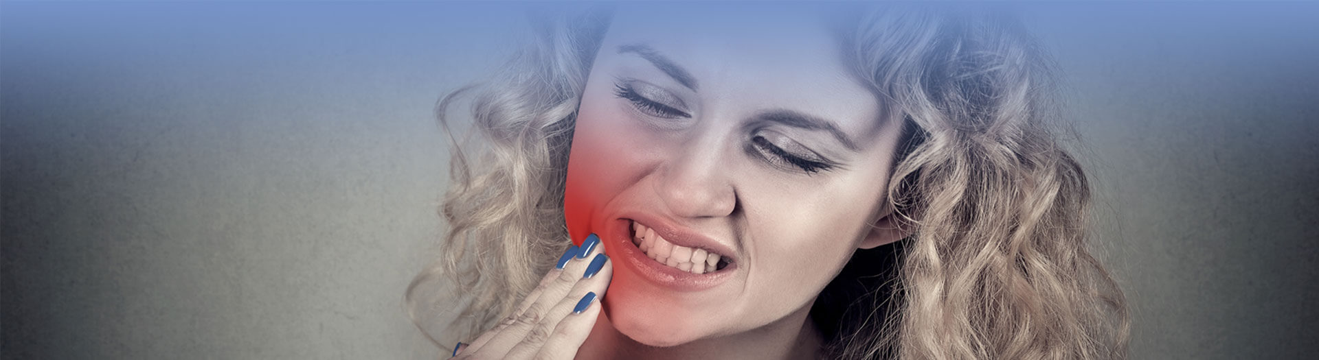 Woman with gum disease & toothache problem